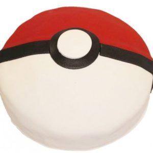 Rød, hvit og svart kake formet som en Pokeball